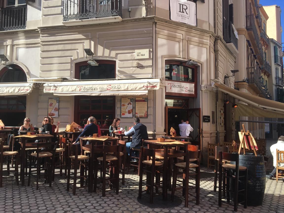 スペイン・マラガの町並み(レストラン)の写真
