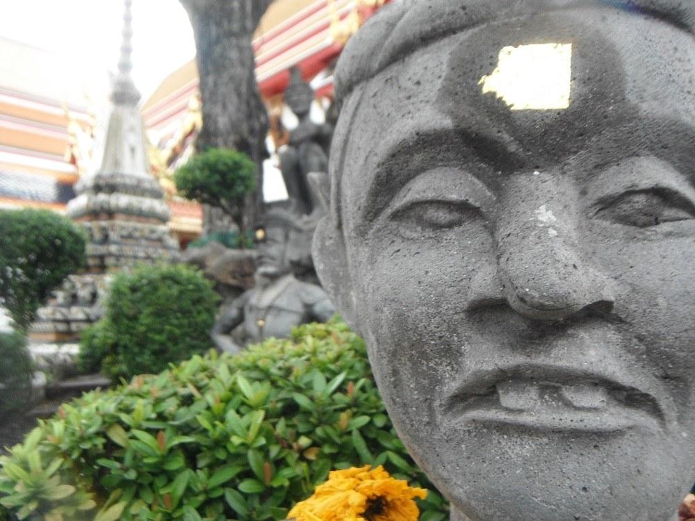 タイの石像の写真