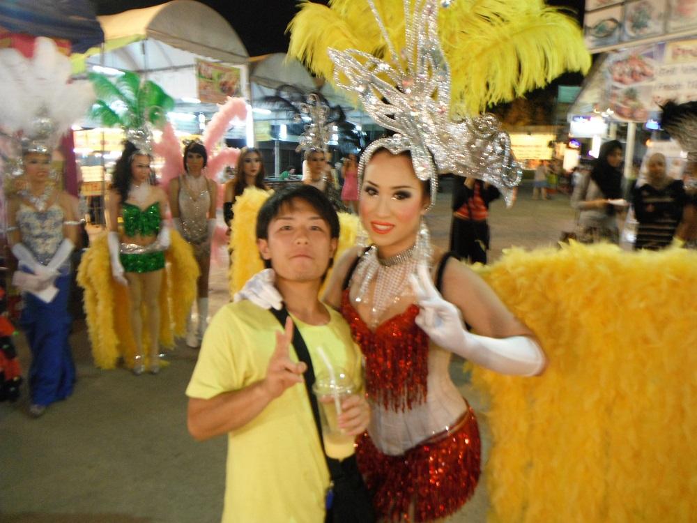 タイの華やかなお姉さんの写真