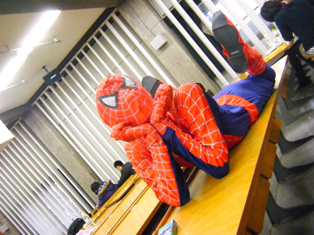 大学時代の友達のスパイダーマンの写真