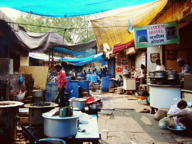インドの食べ物屋……