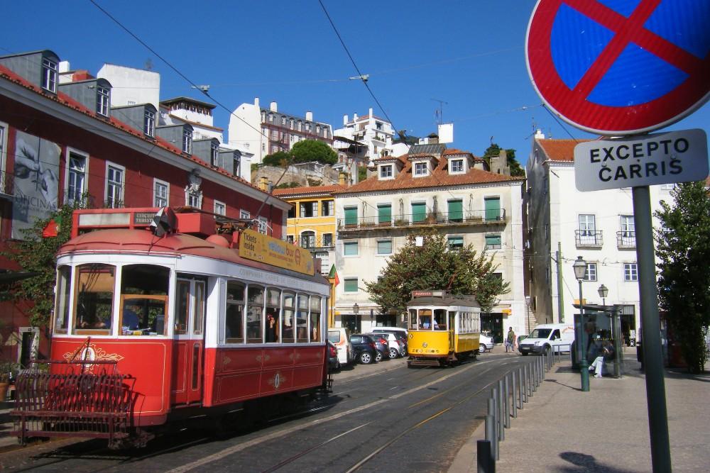 ポルトガル・リスボンの路面電車の写真