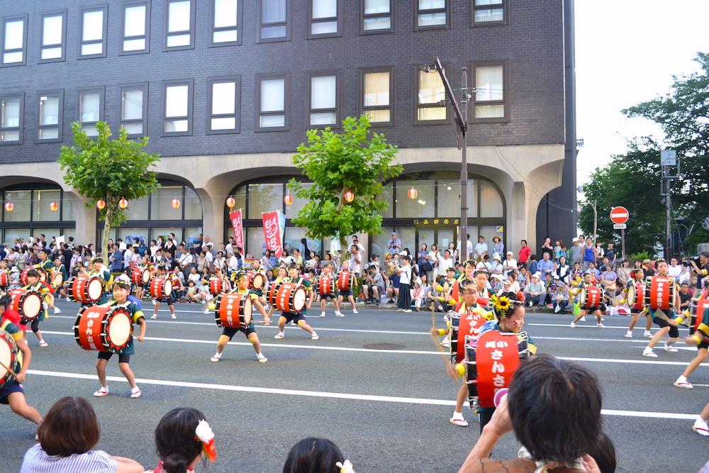 岩手|盛岡さんさ踊りパレード(子供さんさ太鼓隊)の写真
