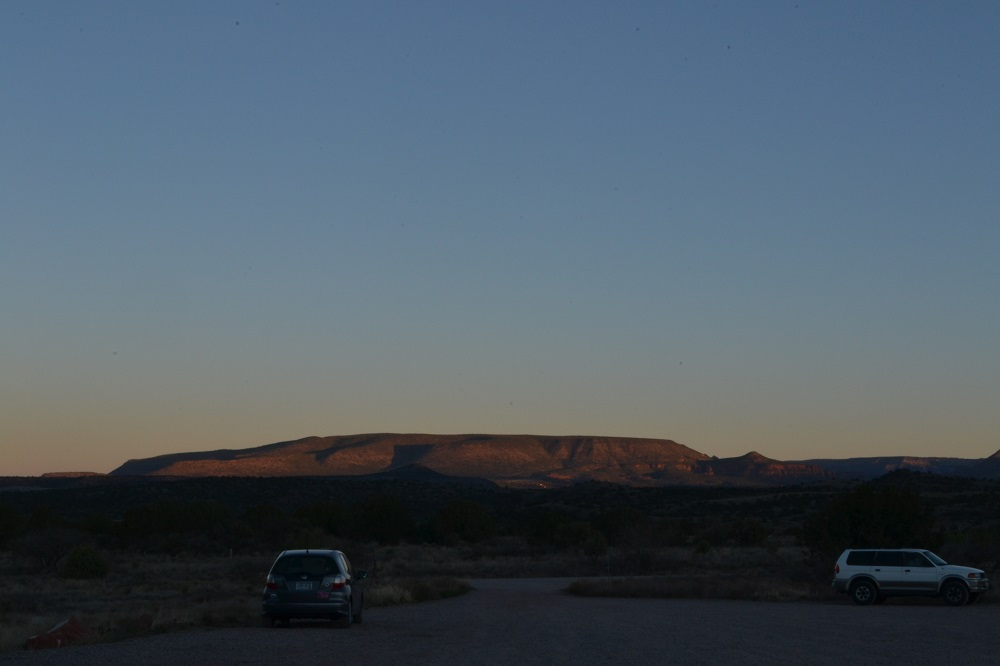 朝のセドナキャンプグラウンドの写真