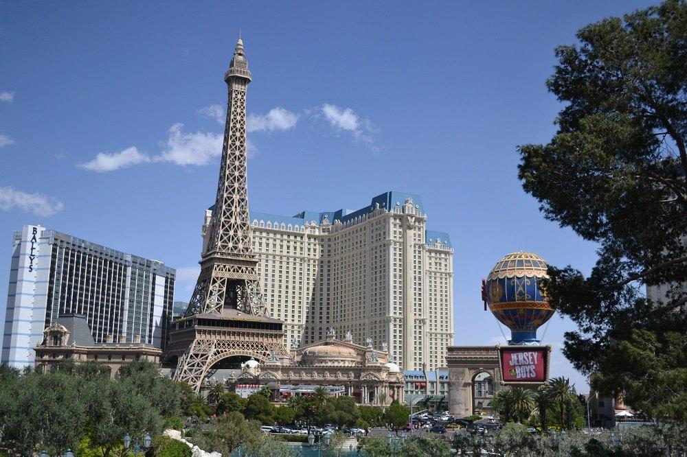 ラスベガス観光なら巨大カジノホテルめぐりが絶対オススメ!