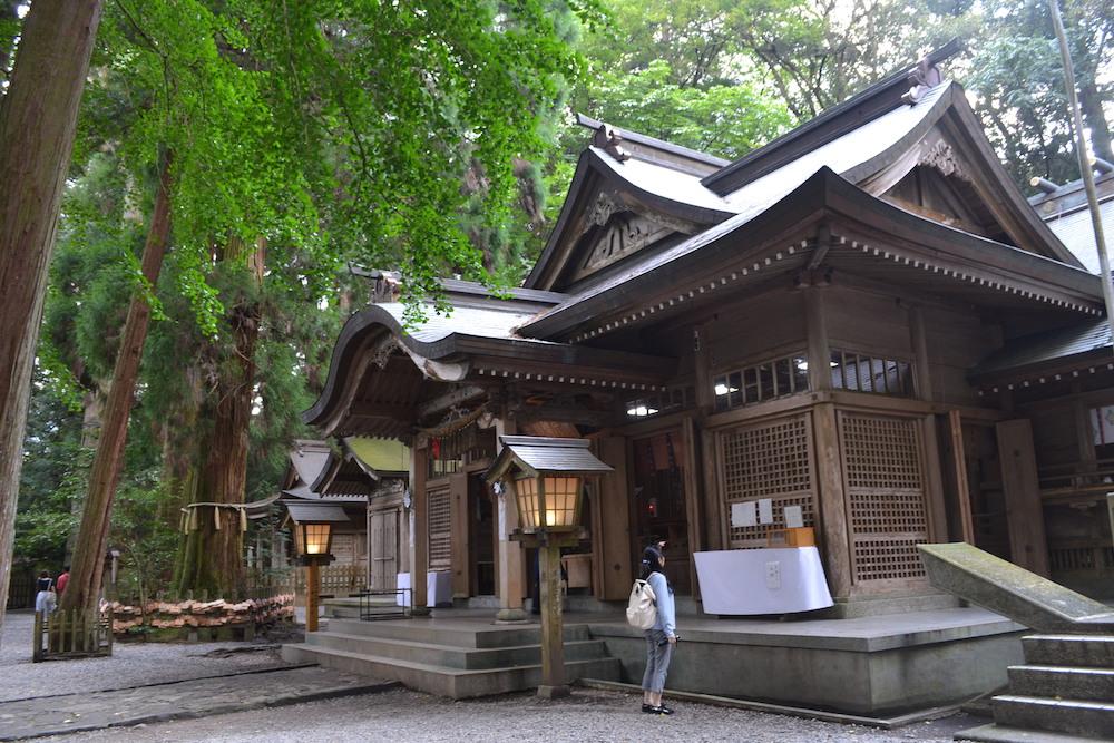 高千穂神社(社殿)の写真