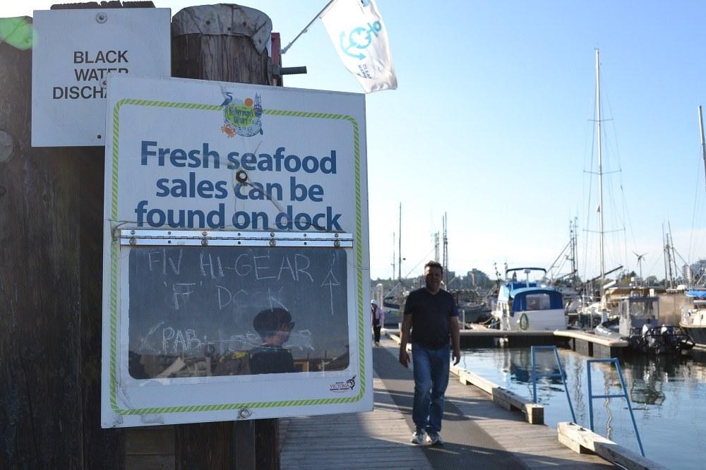フィッシャーマンズワーフの魚直売所の写真