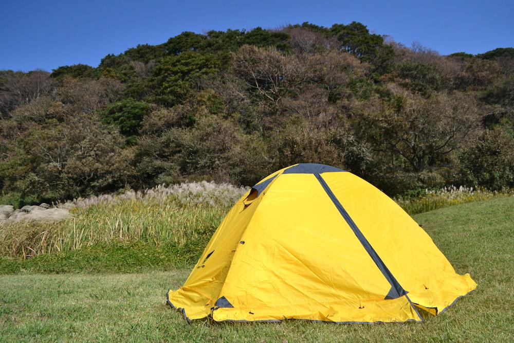 キャンプ用テントの組み立て方|自然に囲まれると気持ちよく眠れますよ〜♪
