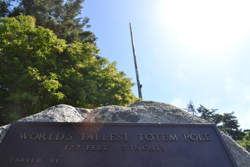 世界一高いトーテムポールの写真