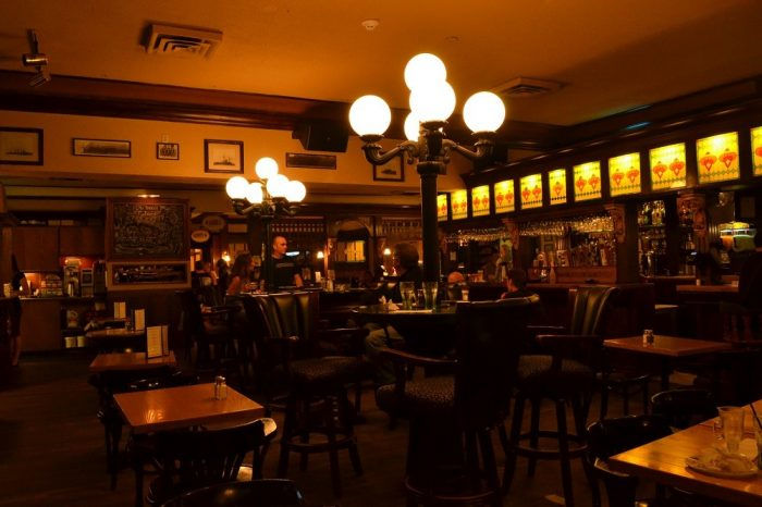 Sim Mile Pubの内装の写真