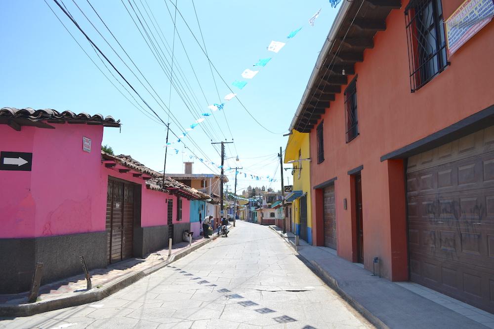 メキシコ|サンクリストバル・デ・ラス・カサスの一般住宅地の写真
