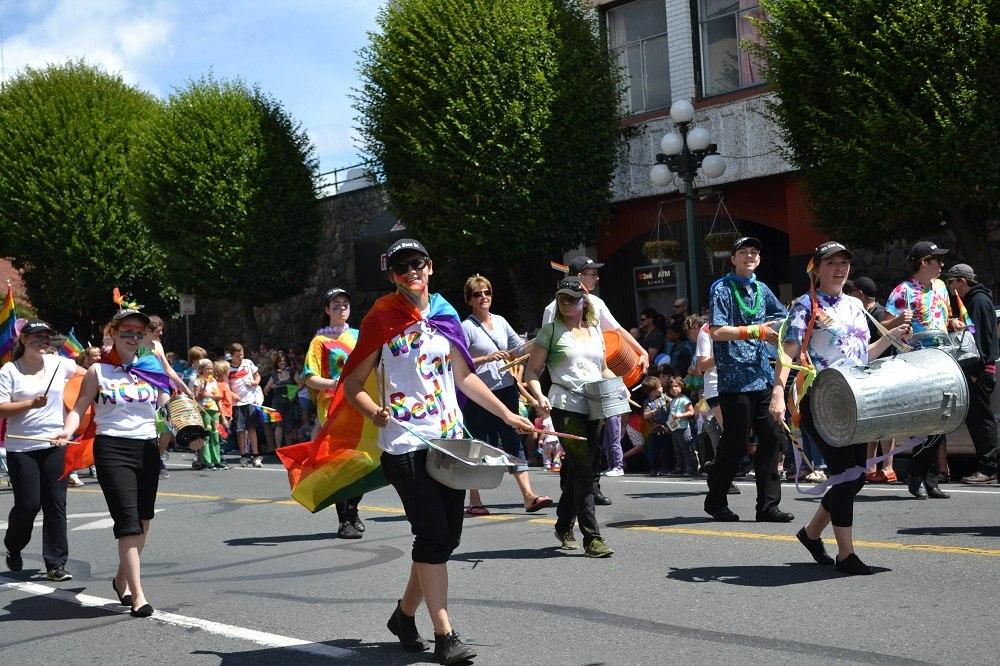 pride paradeマーチングの写真