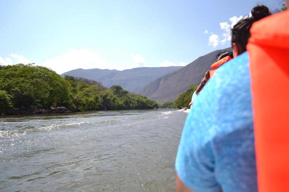 メキシコ・スミデロ渓谷ボートツアー開始!の写真