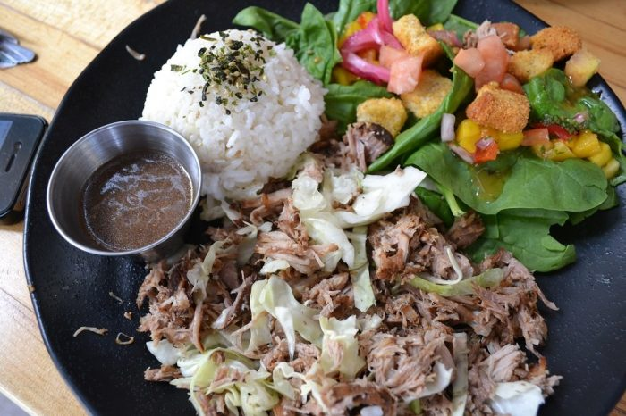 ハワイのローカルご飯の写真