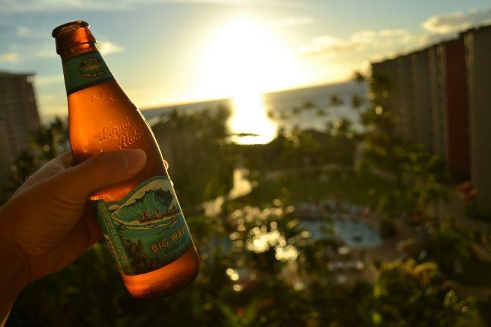 ハワイアンビールボトルの写真