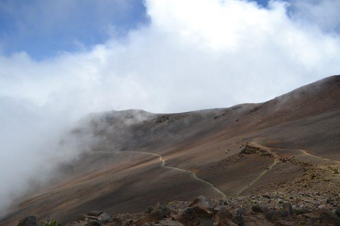 ハレアカラ山頂の景色の写真