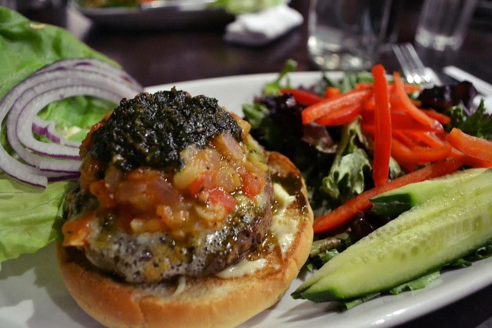 ビクトリアbin4のハンバーガーの写真