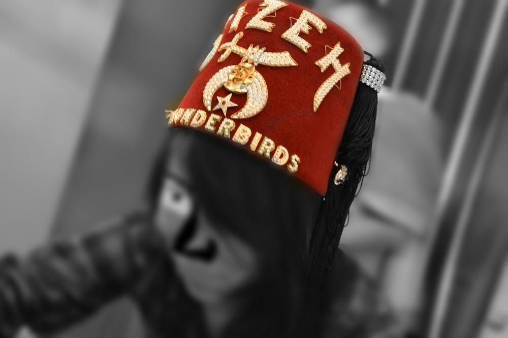 フリーメイソンのメンバーの帽子の写真