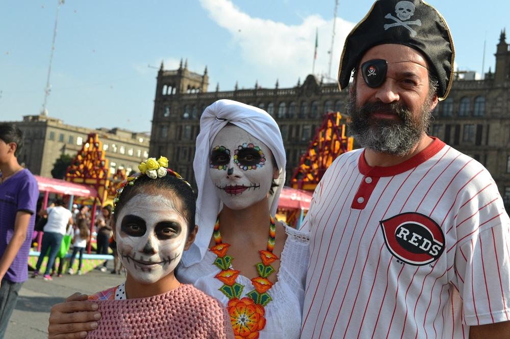 メキシコシティソカロの仮装の写真