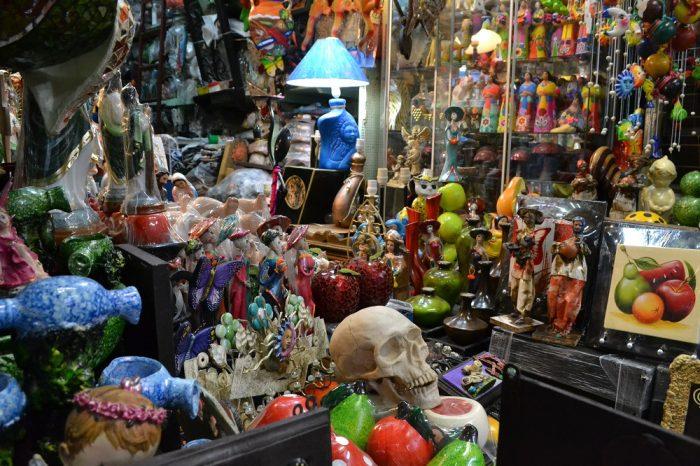 メキシコシティのソノラ市場の商品の写真