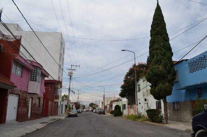 メキシコプエブラの町はずれ2の写真