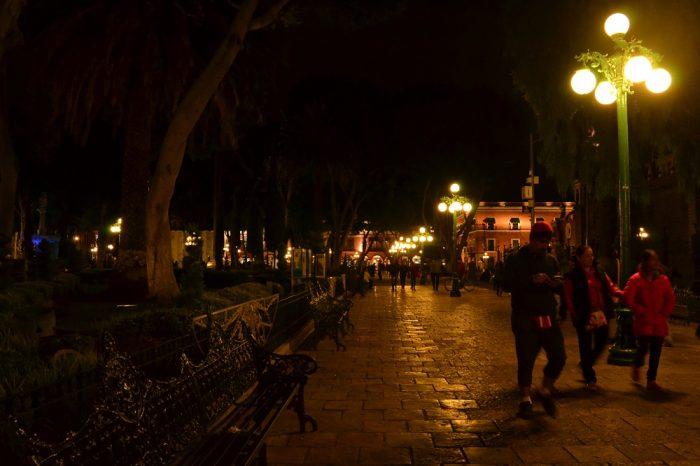 プエブラ歴史地区ソカロの夜景の写真
