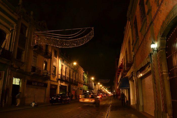プエブラ歴史地区の夜景の写真