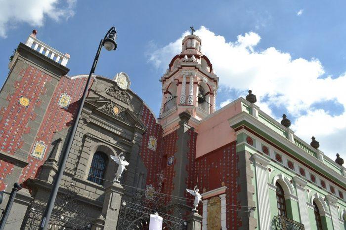 メキシコプエブラの教会の写真