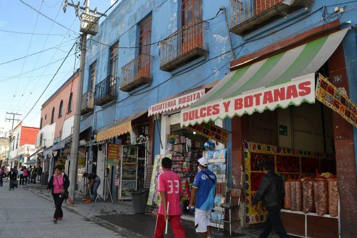 メキシコプエブラの町並み(店舗)の写真
