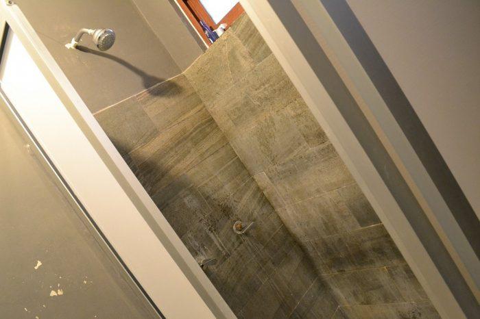202hostalのシャワーの写真
