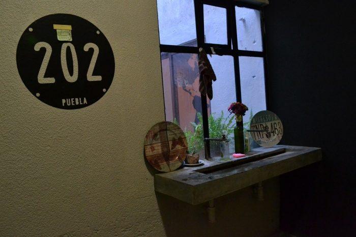 202hostalの洗面台の写真