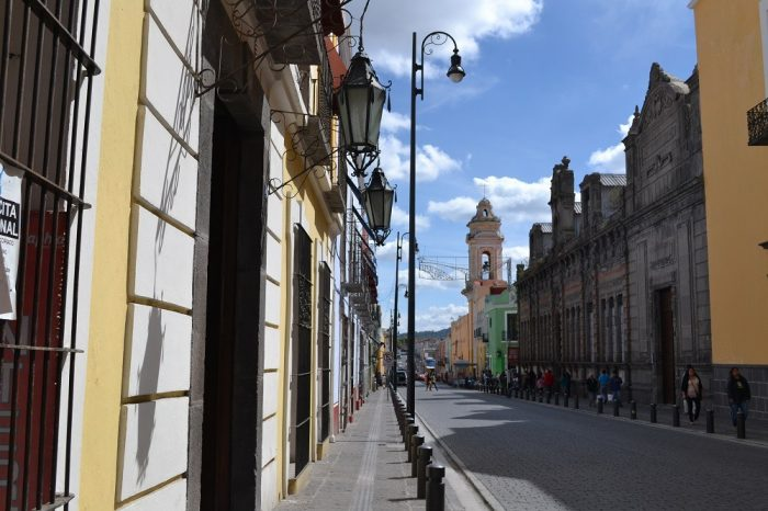 メキシコプエブラのお洒落な町並み2の写真