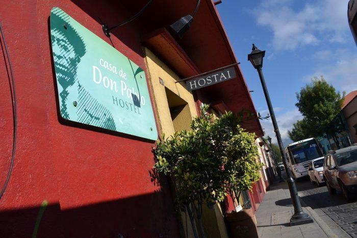 オアハカの安宿casa de don pabloの入り口の写真