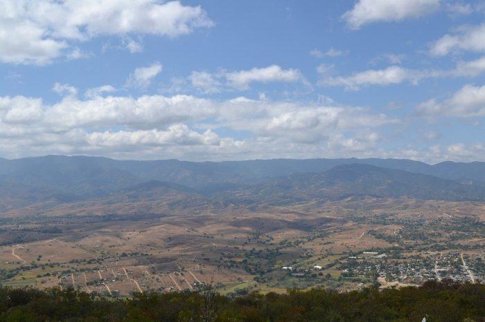 モンテ・アルバン遺跡周辺の写真