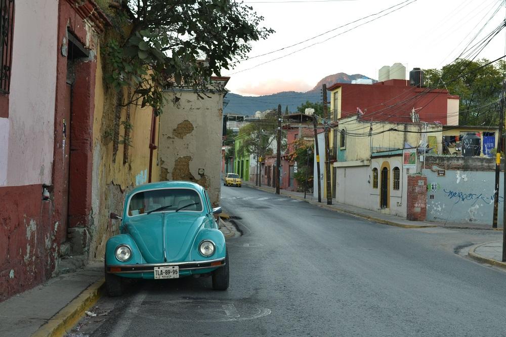メキシコでよく見かける車の写真