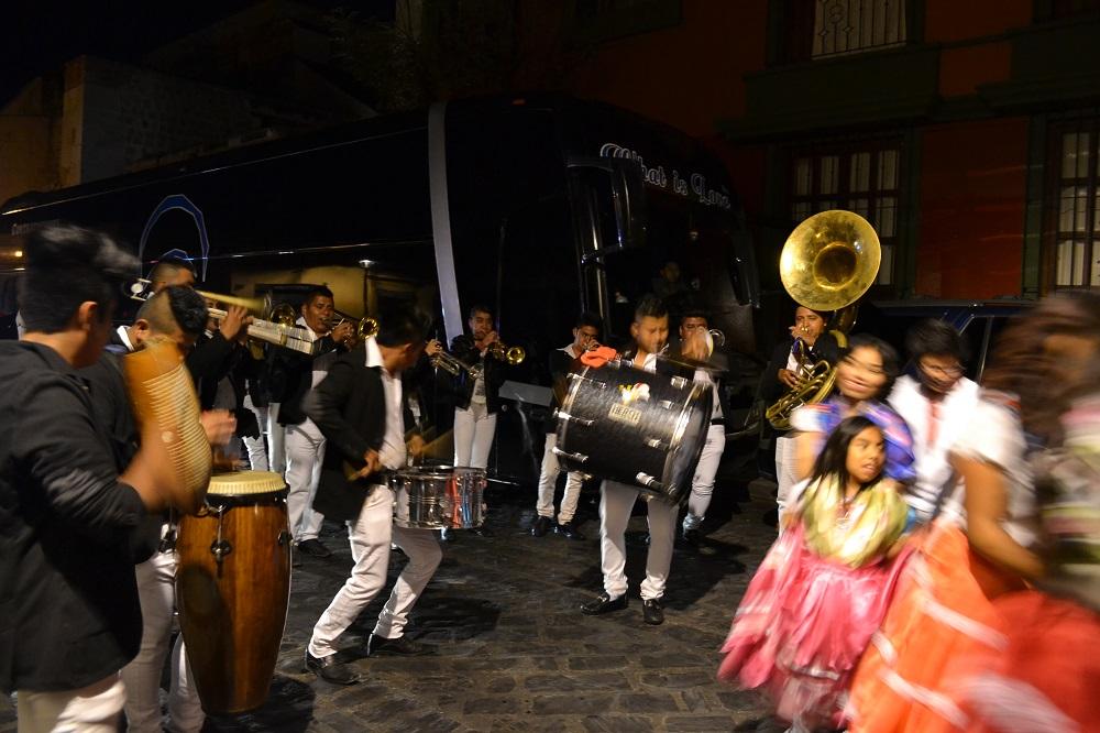 オアハカ・メキシコ革命のパレード(バンドマン)の写真