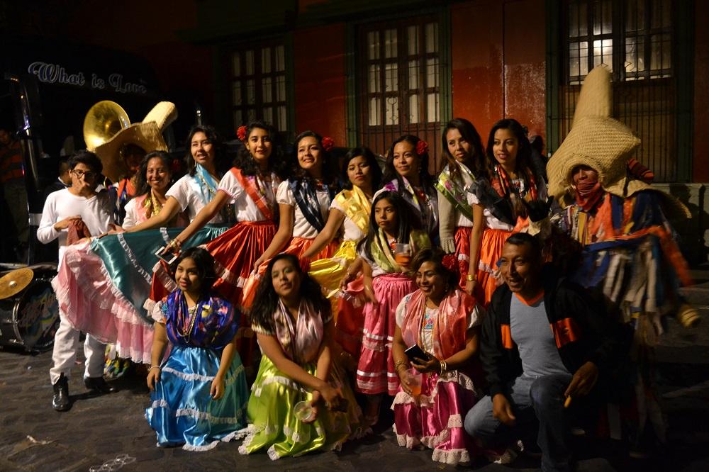 オアハカ・メキシコ革命のパレード(踊り子)の写真