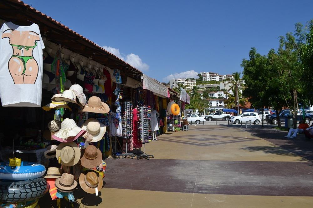 メキシコ・ウアトゥルコのお土産屋さんの写真