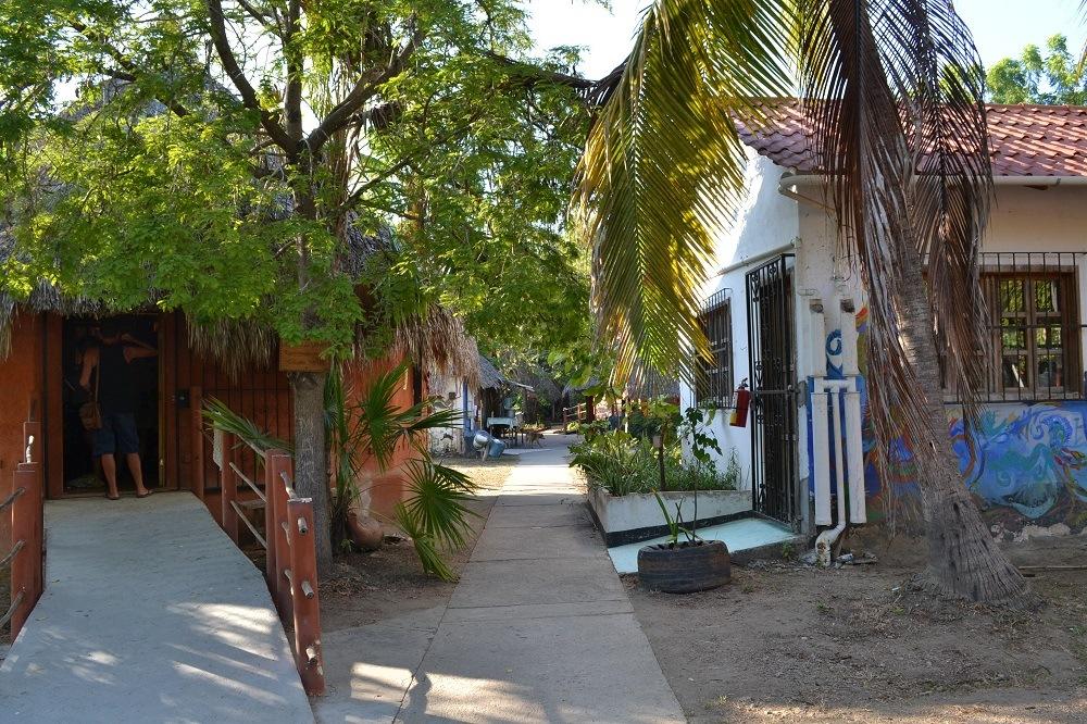 メキシコ・シポリテの福祉施設Pina palmeraの写真