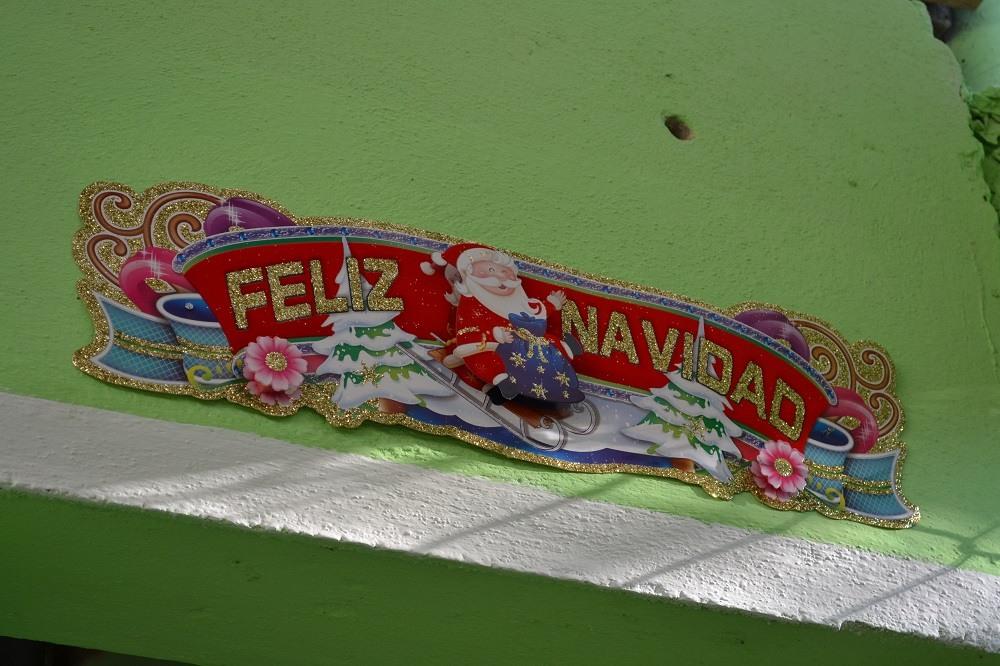 メキシコのクリスマス飾り(サンタの飾り)の写真