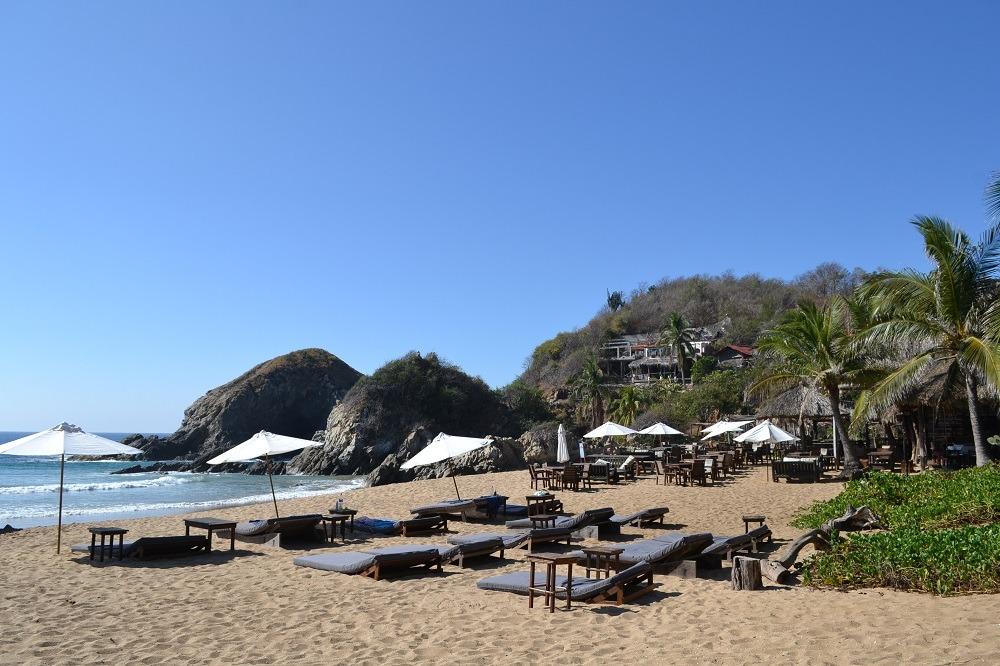 メキシコ・シポリテのビーチリゾートの写真