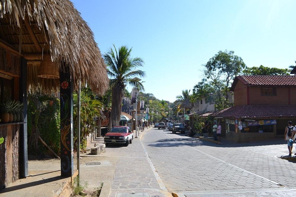 メキシコ・マスンテのメインストリート1の写真