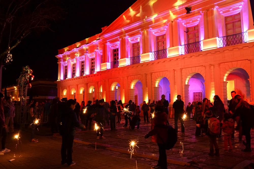 メキシコの大晦日(手持ち花火)の写真