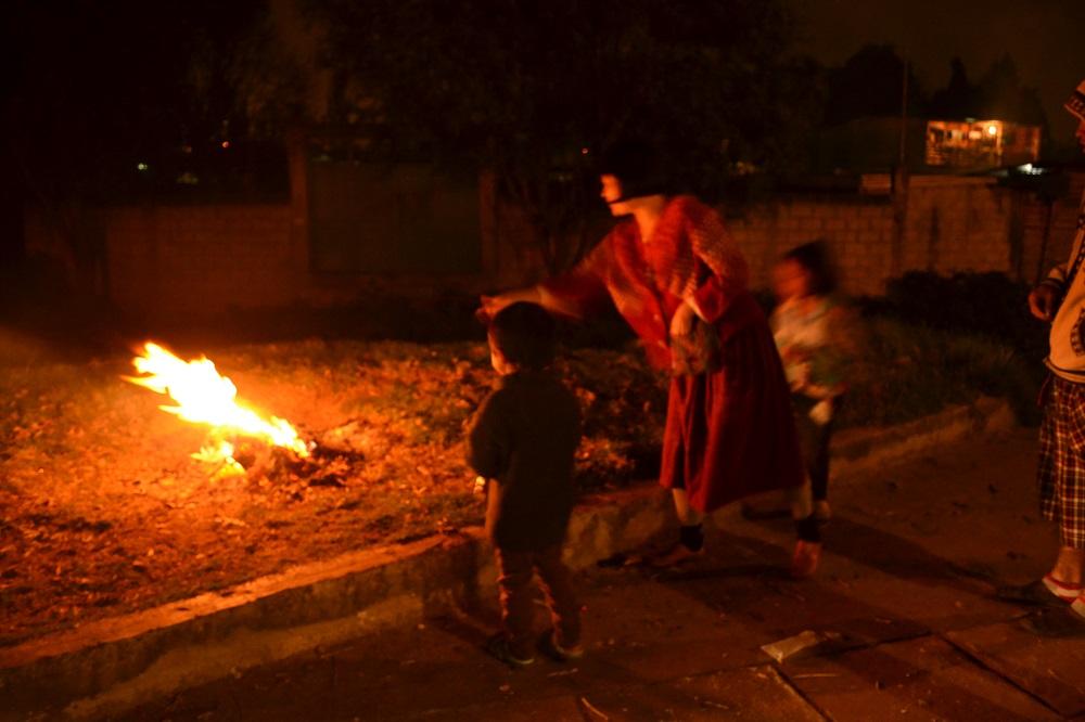 メキシコの大晦日(近所の子供達と花火)の写真