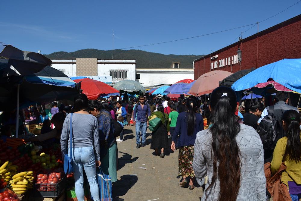 メキシコ・サンクリストバルの市場の写真