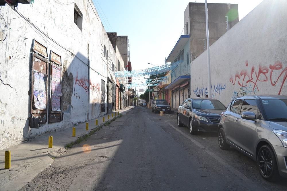 メキシコ・グアダラハラの裏路地の写真