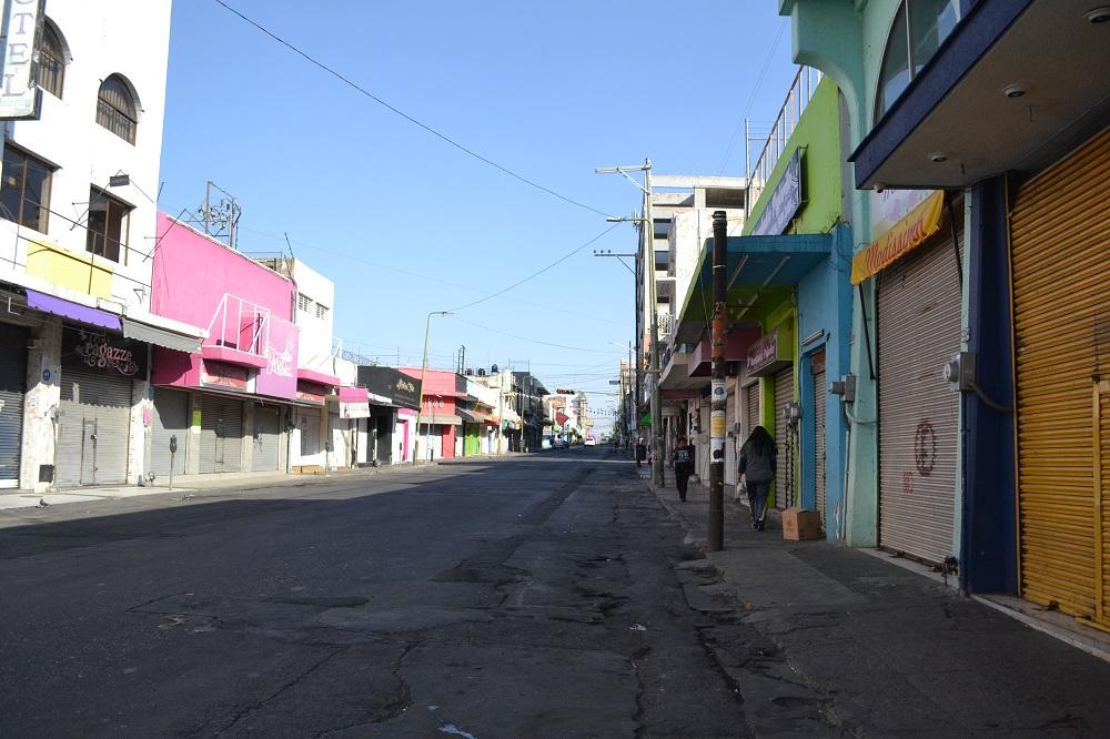 グアダラハラの人気の無い裏路地の写真