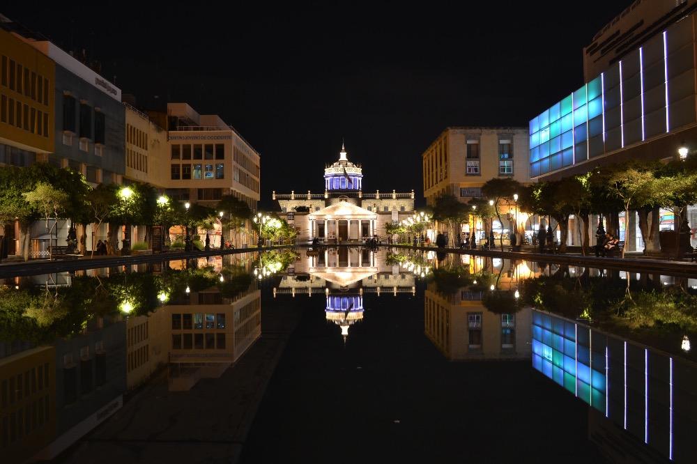 グアダラハラ夜景(Hospicio Cabañas)の写真