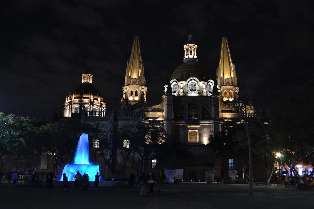 グアダラハラ夜景(カテドラル)の写真