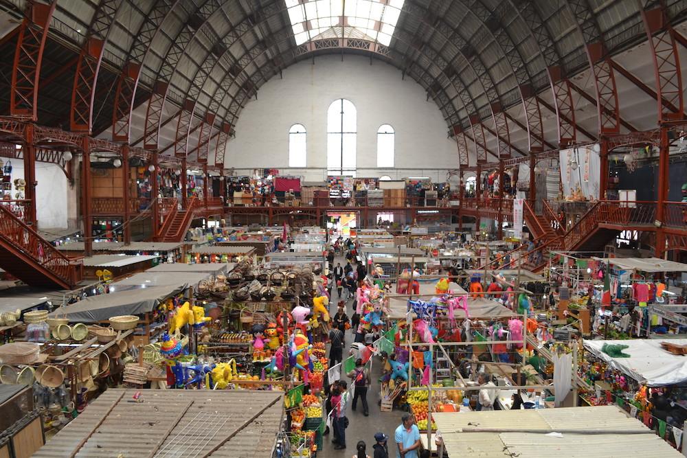 メキシコ・グアナフアトの市場の写真
